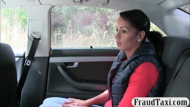 Pretty babe gets drilled by fake driver