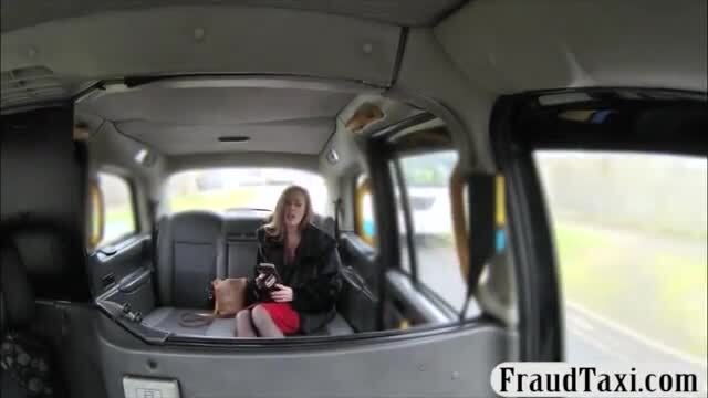 Blonde amateur pounded to off her fare