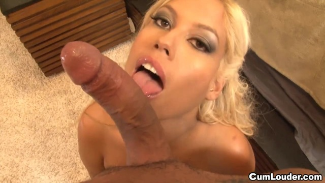 A very yummy blowjob from Brigette B.