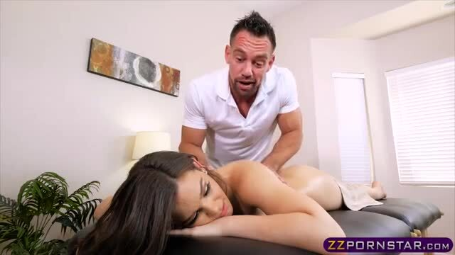 Dirty and tricy masseuse fucks this oiled chick