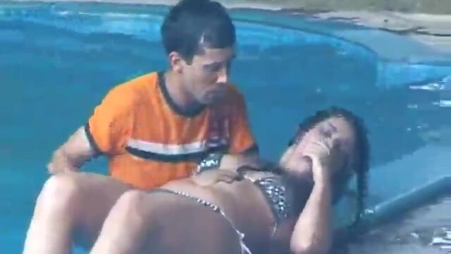 Argentinian MILF's rescued and fucked in a threesome