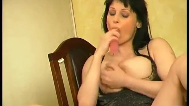 Mature brunette masturbating