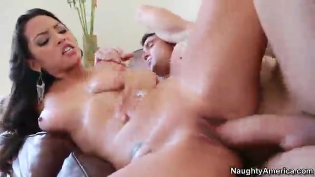 Latina Adrianna Luna with Billy Glide