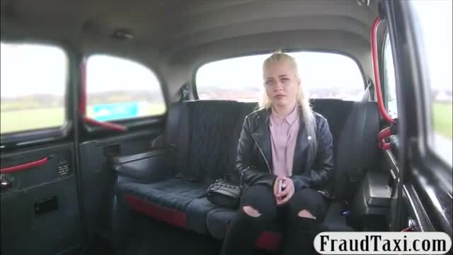 Pretty amateur screwed in the backseat
