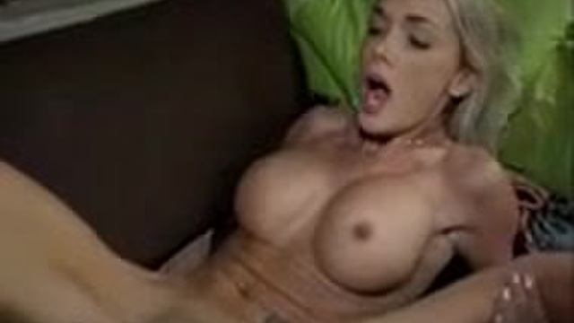 2 horny gals fuck in truth or dare