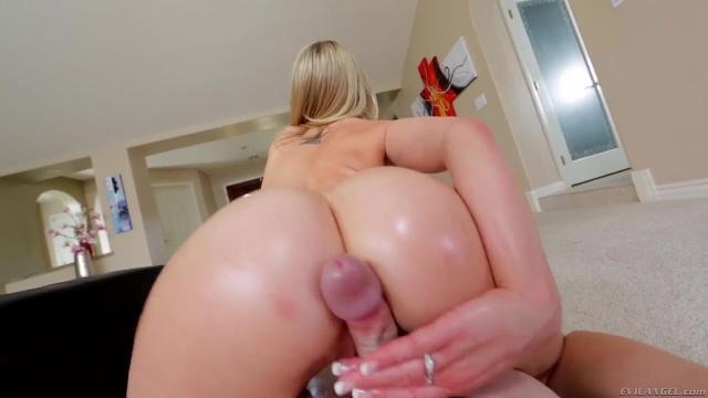 Pajas Porno Xxx paja pov entre las nalgas de la rubia | cumlouder