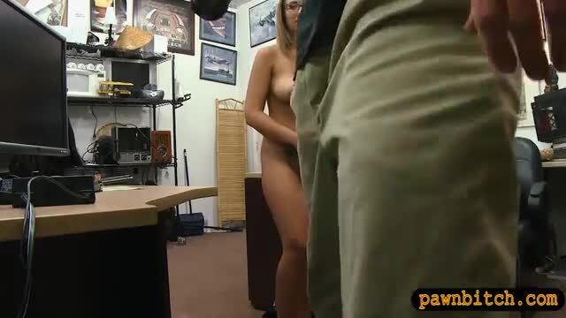 Babe with glasses pounded by pawn keeper