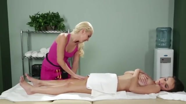 The horny masseuse comes on to her client